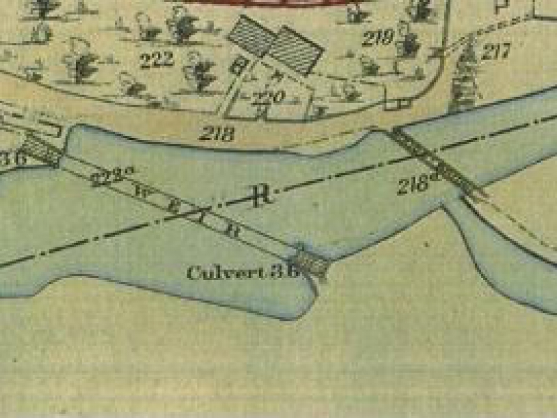 Low resolution 1895 map showing position of the original wooden bridge